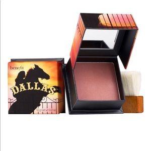 Benefit Boxed Powder Blush - Dallas